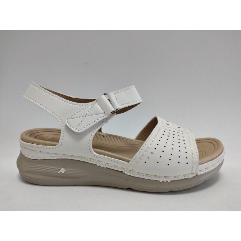 Sieviešu apavi, baltas zandales, vasaras kurpes